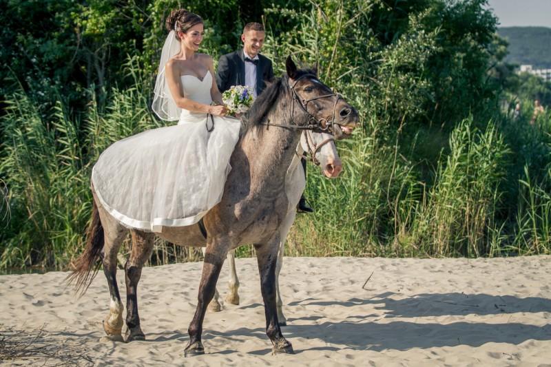 Сватбена фотосесия, плажа на Кранево